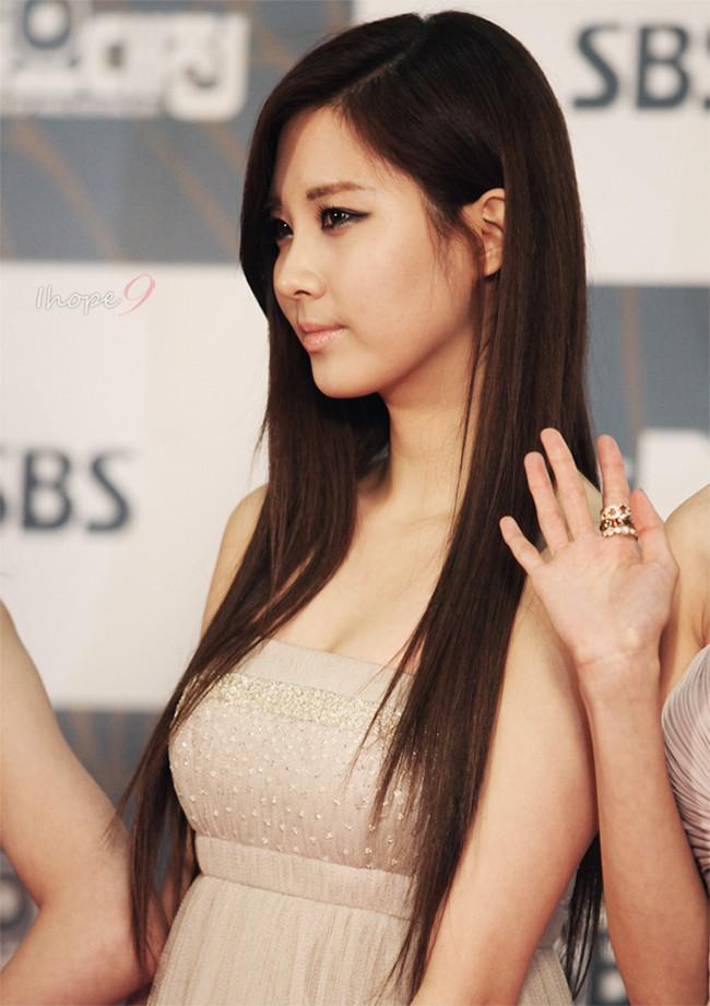 图集来一起揭晓韩国女子组合中的最棒身材前十名吧