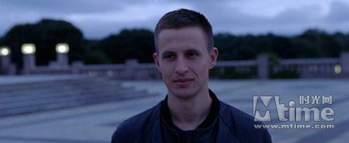 《奥斯陆,八月未央》是安德斯·丹尼尔森·李的独角戏