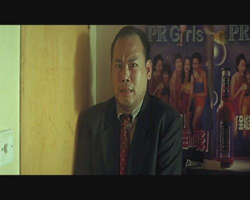-)),前香港无线全职合约演员,其间曾参与超过60多套电视剧之演