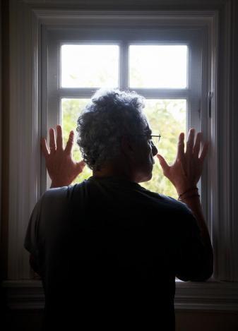 看窗外的风景,读窗内一个人的世界.