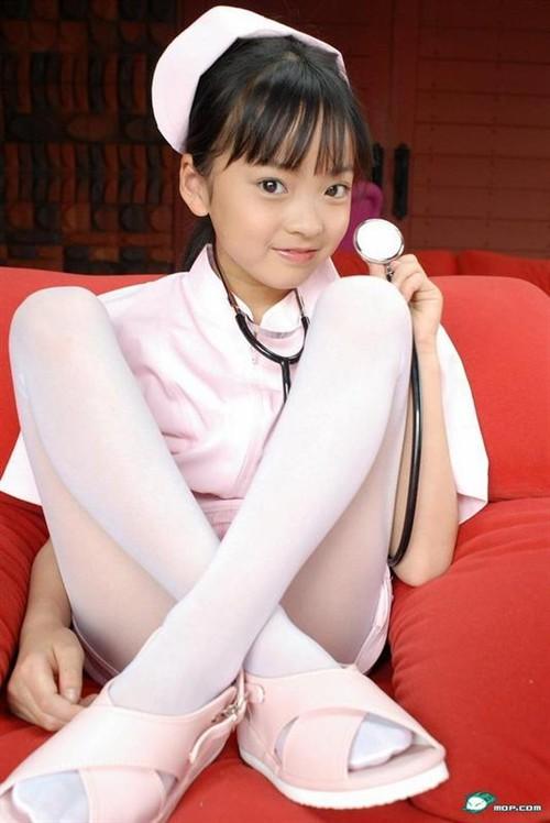 12岁小萝莉光光发育h-有一种大爱叫 萝莉图片