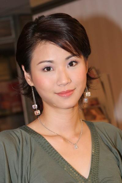 胡慧中_乱花渐欲迷人眼:晒晒几位TVB养眼龙套美女 TVB论坛 电影
