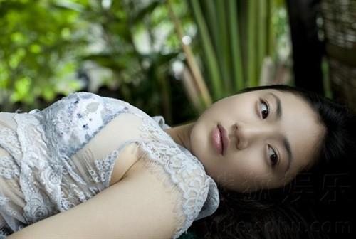 日本美女性爱电影_日本泳装12大美女全集 影·乐生活 电影