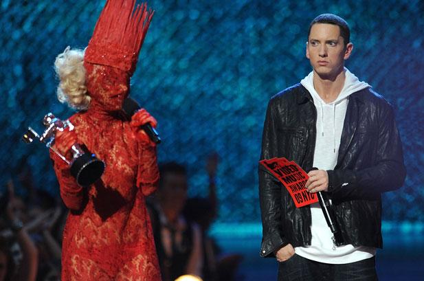 lady gaga和eminem在2009年mtv音樂錄像帶大獎上.圖片