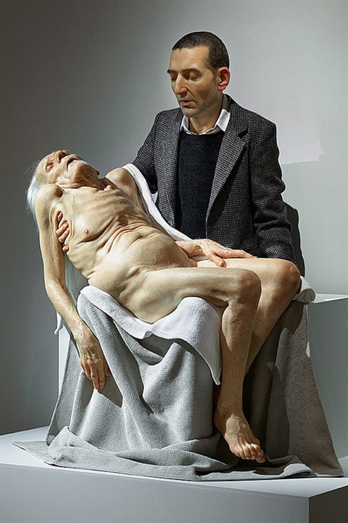 【创造了赤裸的我】澳大利亚雕塑家Ron Muec