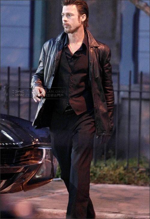 k> 时尚街拍:好莱坞男星3月春装秀图片