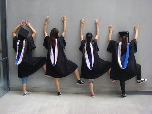 关于高三.少不了的毕业照图片
