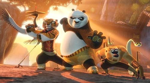 《功夫熊猫2》乱弹:空手能接住炮弹吗?图片