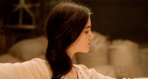 黛博拉小时候好美