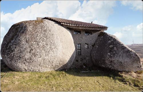 这些造型奇特的房,有木有你想住的