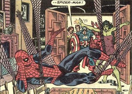 几位新的女英雄出现:虎女郎,女浩克,二代惊奇队长;蜘蛛侠打算加入,但