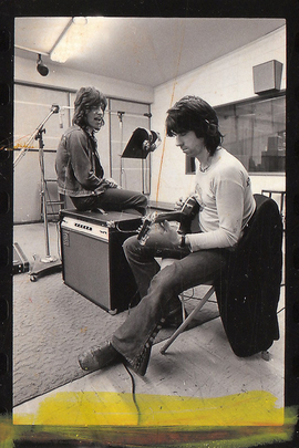 滚石乐队录制《颓废大街》