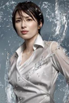 钢之女( 2010 )