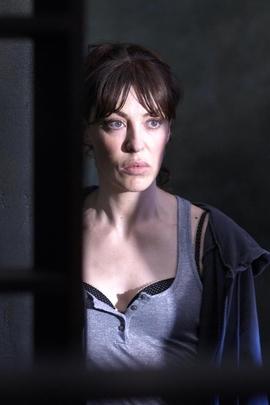 破碎的线( 2008 )
