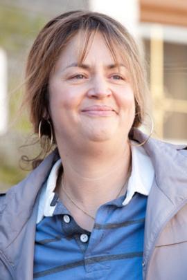 史黛拉( 2012 )