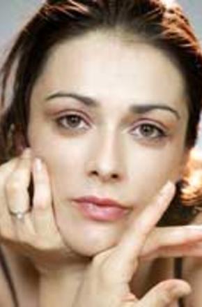 瓦伦蒂娜·洛多文尼/Valentina Lodovini