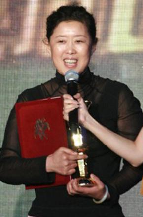 董玲/Ling Dong
