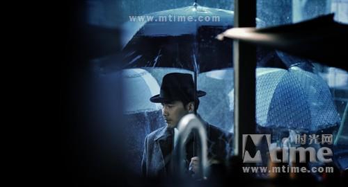 《东风雨》:史上最拗造型间谍 - 图宾根木匠 - 十分钟,年华老去。