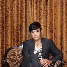 写真 #124:李秉宪 Byung-hun Lee