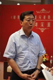 北京演艺集团董事长康伟先生接受记者访问
