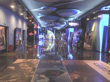唐山大地数字影院影讯 八月份武康的大地数字电影院一直有唐山大地震